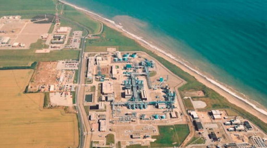 Easington Gas Terminal © Norsk Hydro ASA 2002. Al